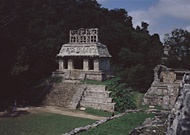 Temple of the Sun at Palenque Ruins - palenque mayan ruins,palenque mayan temple,mayan temple pictures,mayan ruins photos